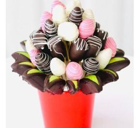 Duygu Seli / Lezzetli Çikolata Kaplı Meyvelerin En Tatlı Hali