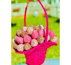 My Pink Love / Lezzetli Karışık Çikolata Kaplı Çilek Sepeti