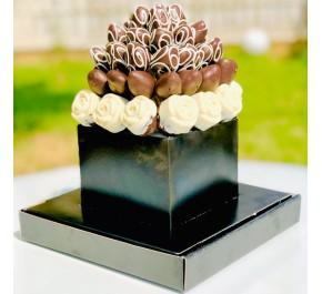 Asil Buketim / Lezzetli Çikolata kaplı Kek ve Çilek Buketi